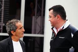 Ален Прост и Эрик Булье, гоночный директор McLaren