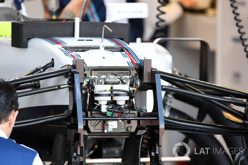 Williams FW40 front suspension and chassis detail