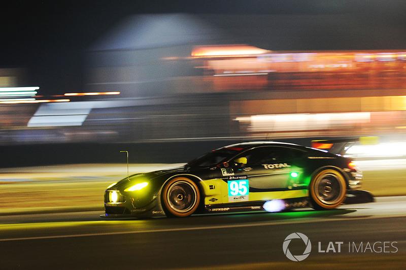 34. №95 Aston Martin Racing Aston Martin Vantage: Ники Тим, Марко Сёренсен, Ричи Стэнэвэй