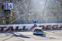 1. Ricky Stenhouse Jr., Roush Fenway Racing, Ford