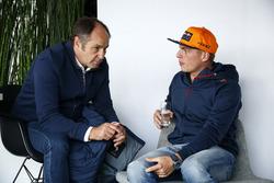 Gerhard Berger, Président de l'ITR et Max Verstappen, Red Bull Racing