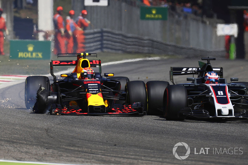 Max Verstappen, Red Bull Racing RB13, collides, Romain Grosjean, Haas F1 Team VF-17