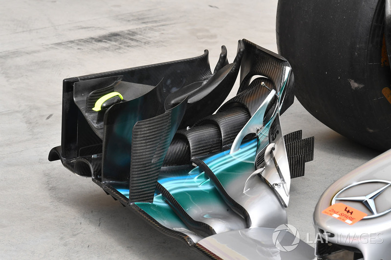 Mercedes-Benz F1 W08 Hybrid front wing detail
