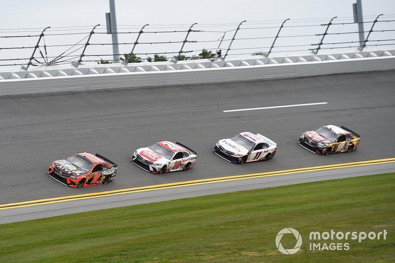 Kyle Busch, Joe Gibbs Racing, Toyota Camry M&M's Chocolate Bar