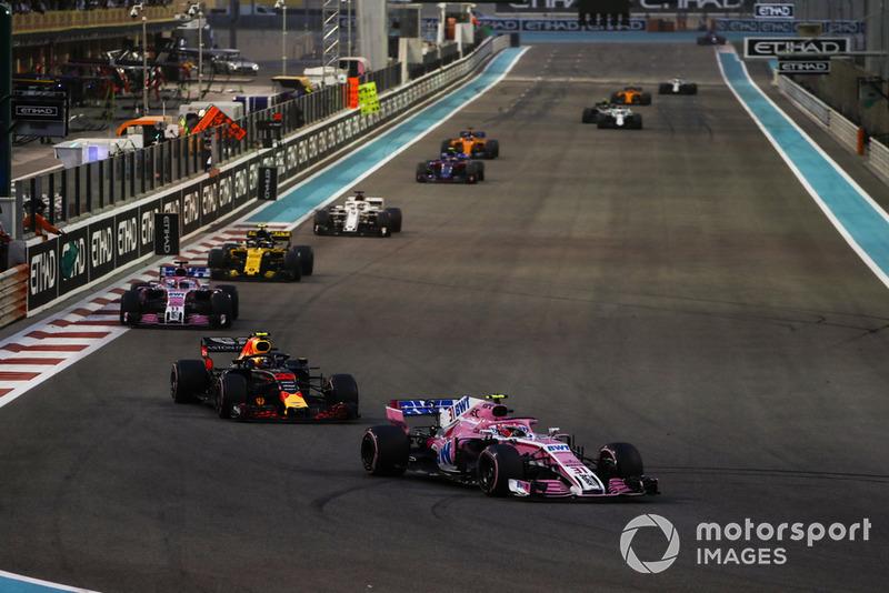 Esteban Ocon, Racing Point Force India VJM11, leads Max Verstappen, Red Bull Racing RB14, eEsteban Ocon, Racing Point Force India VJM11, Carlos Sainz Jr., Renault Sport F1 Team R.S. 18, and Marcus Ericsson, Sauber C37