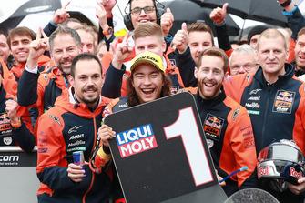 Race winner Can Öncü, Red Bull KTM Ajo celebrates in parc ferme