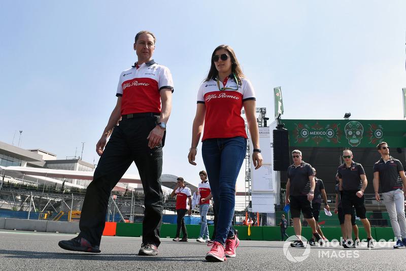 Tatiana Calderon, Sauber camina por el circuito