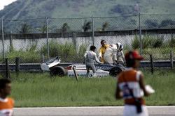 Crash: Chico Serra, Fittipaldi F8D-Ford Cosworth
