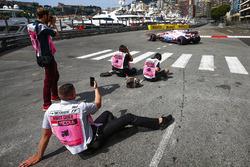 Esteban Ocon, Sahara Force India F1 VJM10, passes some photographers