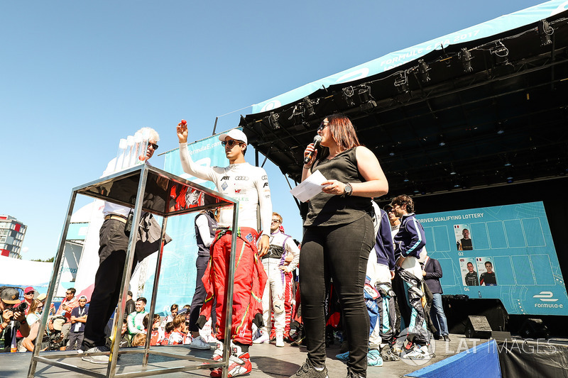 Lucas di Grassi, ABT Schaeffler Audi Sport, at the Qualifying lottery