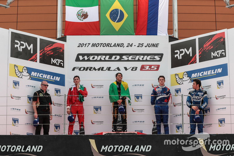 Podium: Ganador, Podium: Pietro Fittipaldi, Lotus , segundo, Podium: Alfonso Celis Jr., Fortec Motorsport, tercero, Egor Orudzhev, SMP Racing by AV, Diego Menchaca, Fortec Motorsports