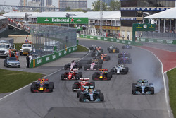 Lewis Hamilton, Mercedes AMG F1 W08, Valtteri Bottas, Mercedes AMG F1 W08, lead the field away at the start of the race