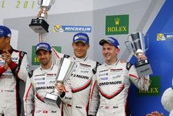 Podium : #1 Porsche Team Porsche 919 Hybrid: Neel Jani, Andre Lotterer, Nick Tandy