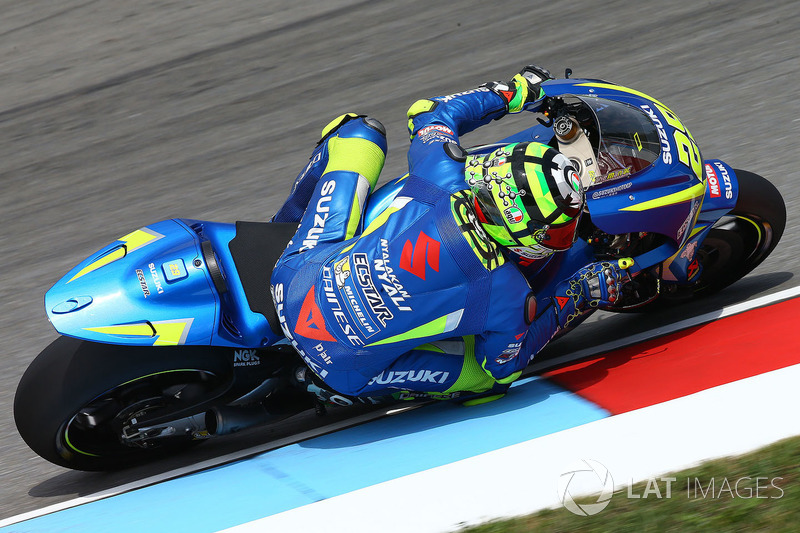 "<img src=""http://cdn-1.motorsport.com/static/custom/car-thumbs/MOTOGP_2017/RIDERS_NUMBERS/Iannone.png"" width=""30"" /> Andrea Iannone (Team Suzuki MotoGP)"
