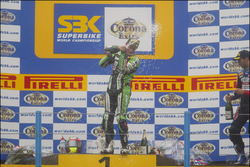 Race winner Chris Walker, Kawasaki Racing