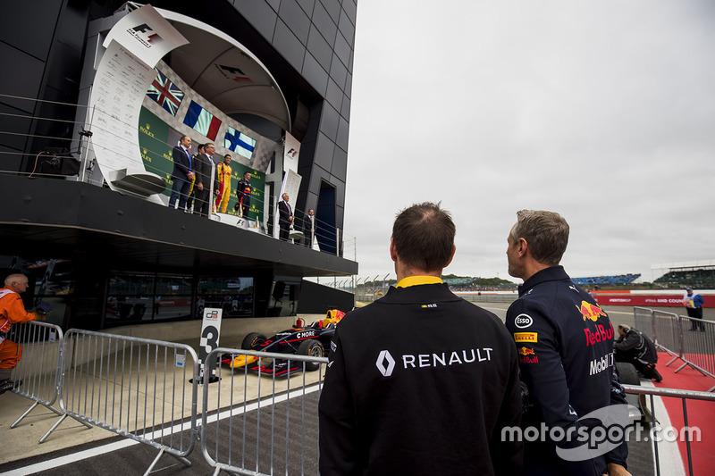 Alan Permane, Renault, und Jonathan Wheatley, Red Bull Racing