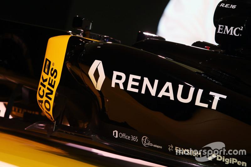 Presentación del auto Renault F1 Team