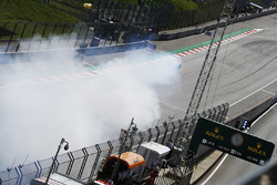 Nico Hulkenberg, Renault Sport F1 Team R.S. 18, suffers a blown engine