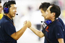 Toro Rosso Honda engineers celebrate a 4th place finish