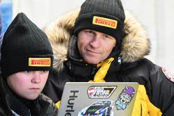 Oliver Solberg en zijn vader Petter Solberg