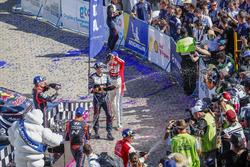 Podium: Sébastien Ogier, M-Sport Ford WRT, Kris Meeke, Citroën World Rally Team, Dani Sordo, Hyundai Motorsport