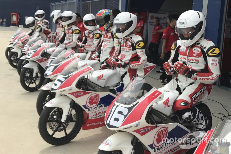 Mario Suryo Aji dan Mohammad Adenanta Putra, Astra Honda Racing Team