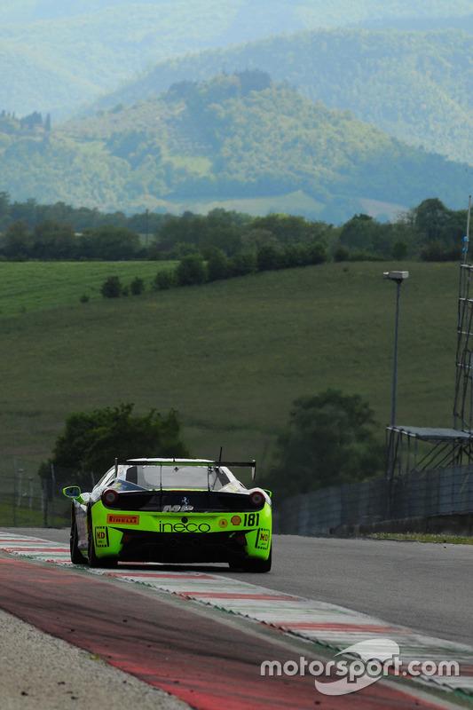#181 Ineco - MP Racing, Ferrari 458: Erich Prinoth
