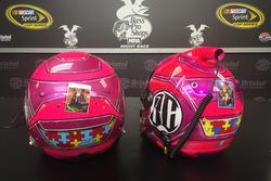 Helme von Ricky Stenhouse Jr. und Kyle Larson zur Erinnerung an Bryan Clauson