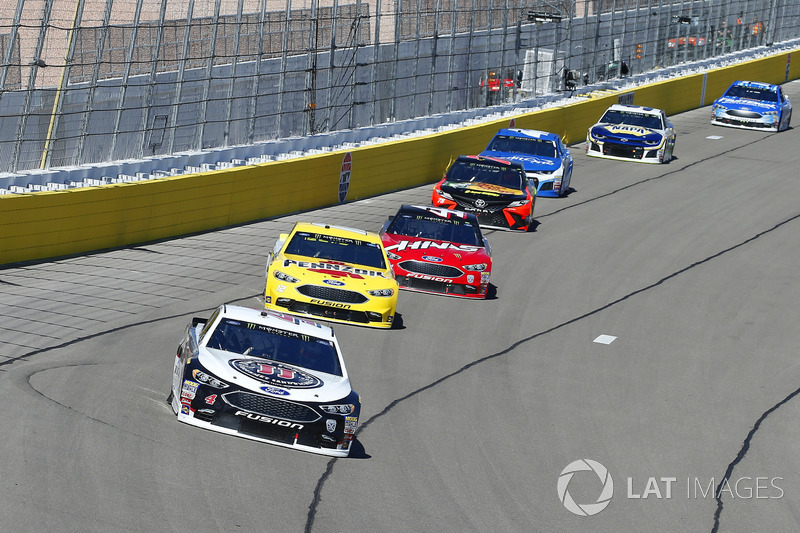 Kevin Harvick, Stewart-Haas Racing, Ford Fusion Jimmy John's and Ryan Blaney, Team Penske, Ford Fusion Menards / Pennzoil