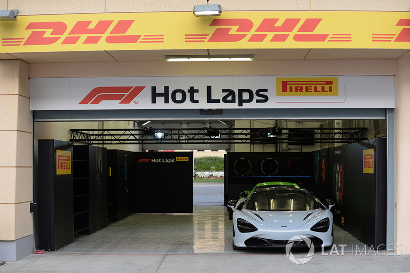 Pirelli Hot Laps garage