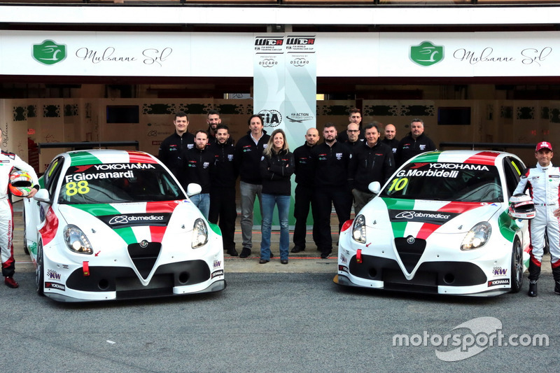 Fabrizio Giovanardi, Team Mulsanne Alfa Romeo Giulietta TCR, Gianni Morbidelli, Team Mulsanne Alfa Romeo Giulietta TCR with the team