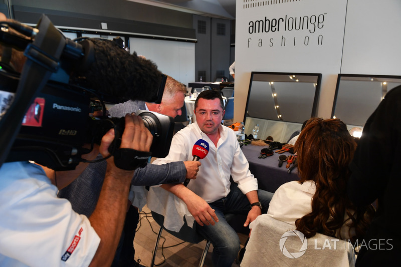 Eric Boullier, McLaren Racing Director and Johnny Herbert, Sky TV