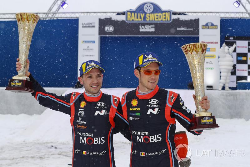 Победители Тьерри Невилль и Николя Жильсуль, Hyundai Motorsport