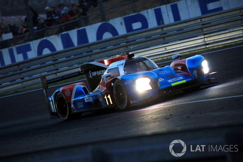 Михаил Алешин, Виталий Петров и Дженсон Баттон из SMP Racing уже в начале гонки выбыли из борьбы, потеряв уйму времени из-за поломки сенсора