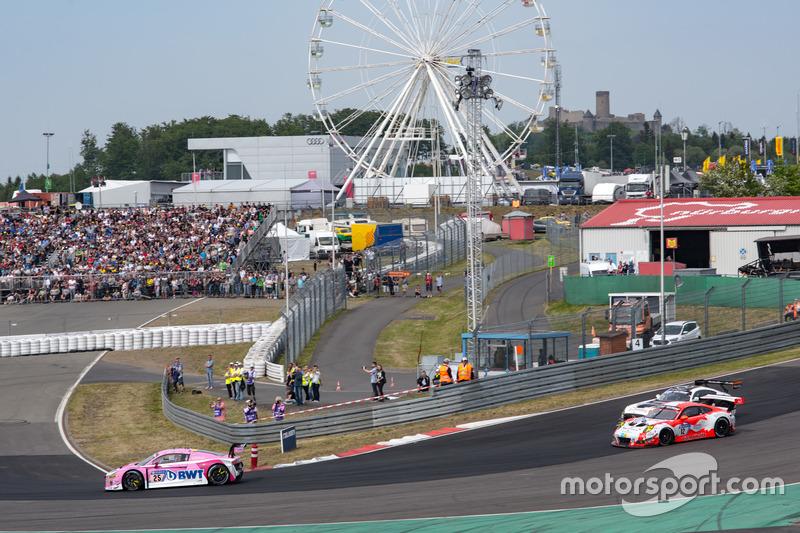 Штефан Мюкке, Кристер Джонс, Марсель Фесслер, Пьер Каффер, Team BWT Mücke Motorsport, Audi R8 LMS GT3 (№25)