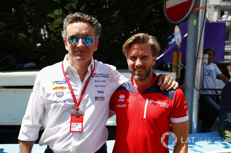 Nick Heidfeld, Mahindra Racing, with Alejandro Agag, CEO, Formula E