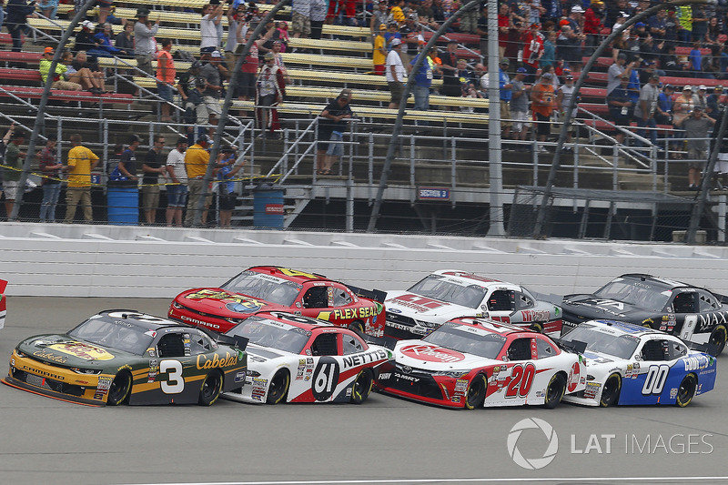 Austin Dillon, Richard Childress Racing, Chevrolet Camaro Bass Pro Shops / Cabela's and Kaz Grala, Fury Race Cars LLC, Ford Mustang NETTTS