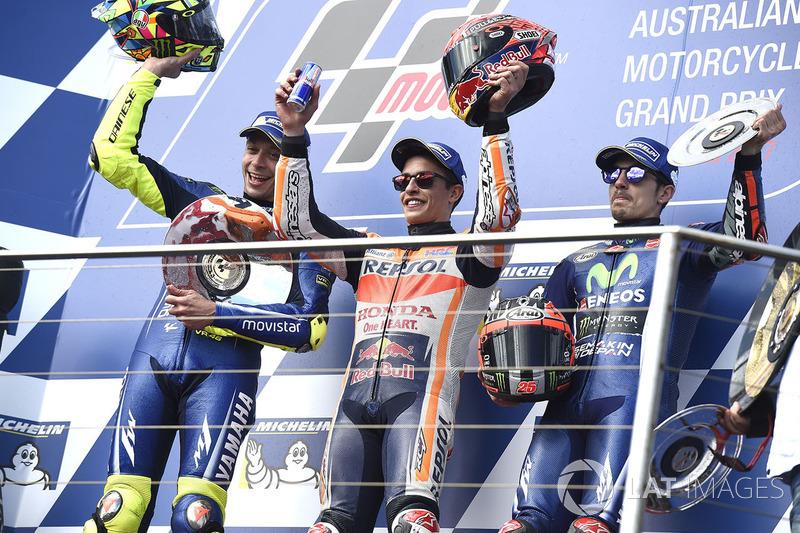 Podium ganador Marc Marquez, Repsol Honda Team, segunda plaza Valentin Rossi, Yamah Factory Racing, tercera plaza Maverick Viñales, Yamaha Factory Racing