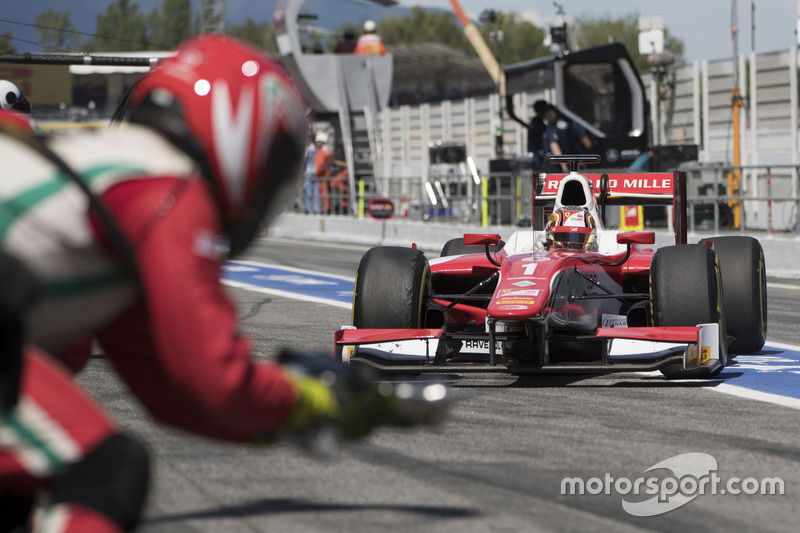 Charles Leclerc, PREMA Powerteam pitstop