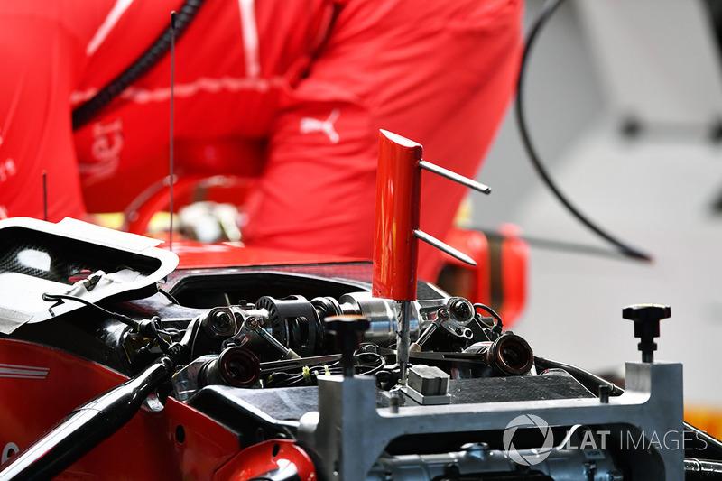 Ferrari SF70H ön süspansiyon