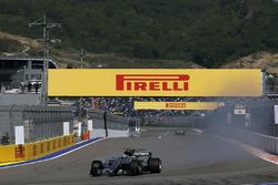 Valtteri Bottas, Mercedes AMG F1 W08  se bloquea