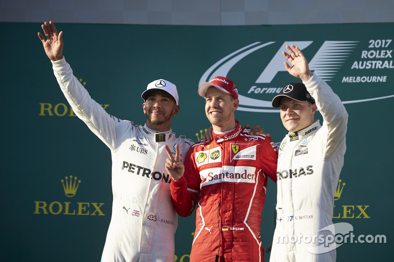 Podium: 2. Lewis Hamilton, Mercedes AMG; 1. Sebastian Vettel, Ferrari; 3. Valtteri Bottas, Mercedes AMG