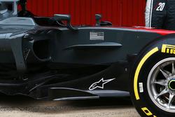 Haas F1 Team VF-17, sidepod