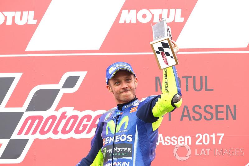 Setelah menunggu lebih dari setahun...Rossi akhirnya menang lagi