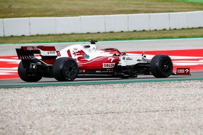 Barcelonas Pirelli testing