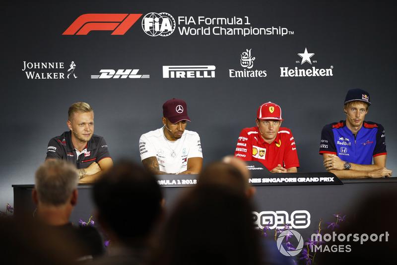 Kevin Magnussen, Haas F1 Team,Lewis Hamilton, Mercedes AMG F1, Kimi Raikkonen, Ferrari, Brendon Hartley, Scuderia Toro Rosso, en rueda de prensa