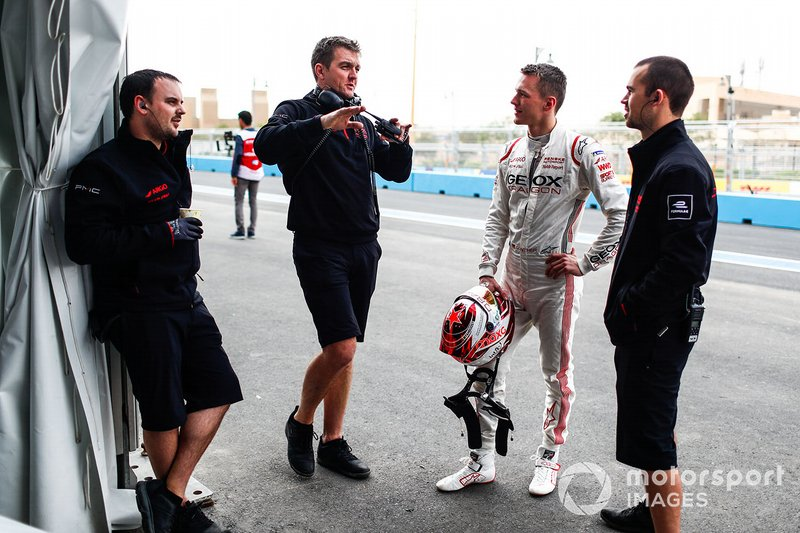 Maximilian Günther, Dragon Racing talks to Dragon engineers