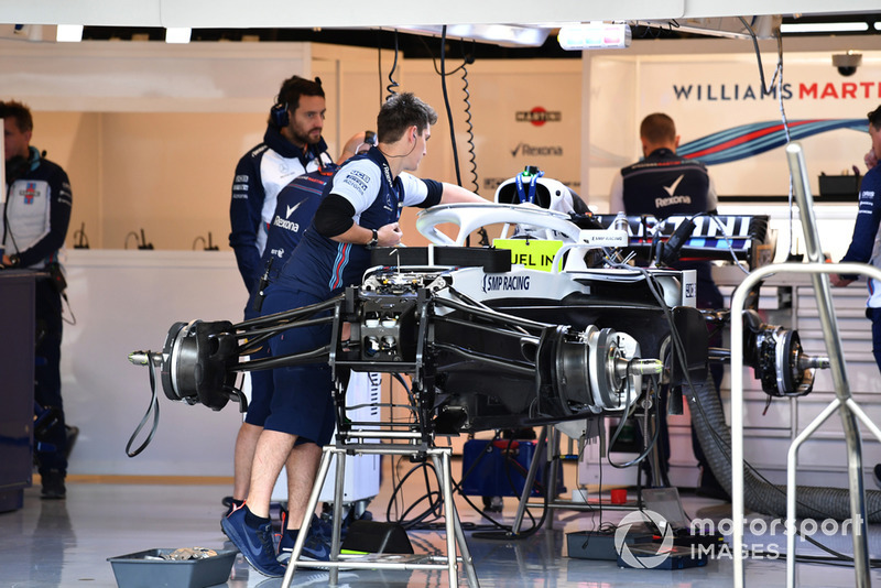 La Williams FW41 dans le garage