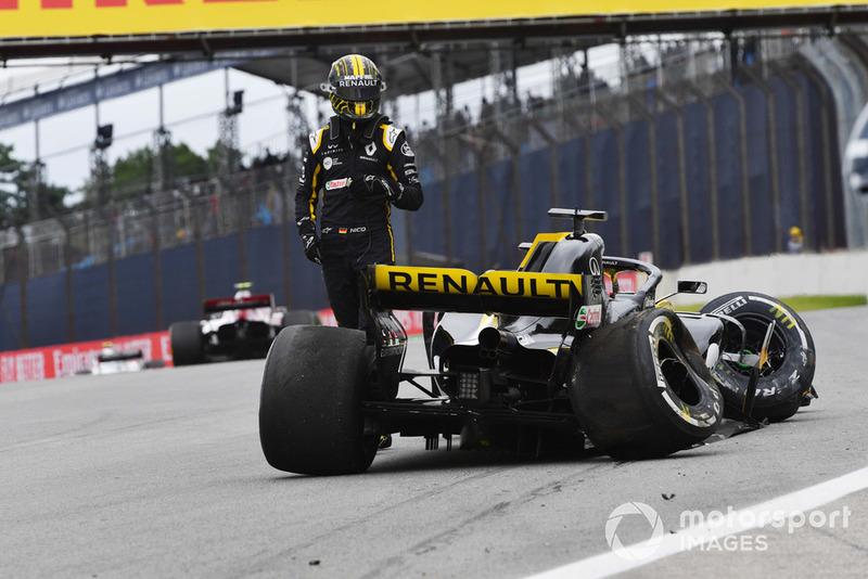 Nico Hulkenberg, Renault Sport F1 Team R.S. 18, dopo l'incidente nelle FP2