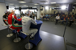Maximilian Günther, Prema Powerteam Dallara F317 - Mercedes-Benz, Jake Hughes, Hitech Grand Prix, Dallara F317 - Mercedes-Benz, Jehan Daruvala, Carlin, Dallara F317 - Volkswagen
